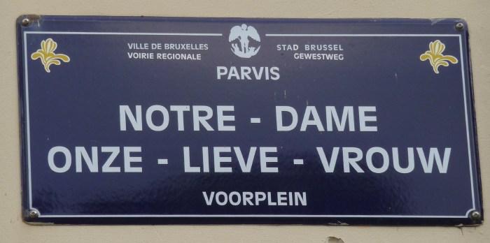 - Plaque de rue du pavis de Notre-Dame - Onze Lieve Vrouw -