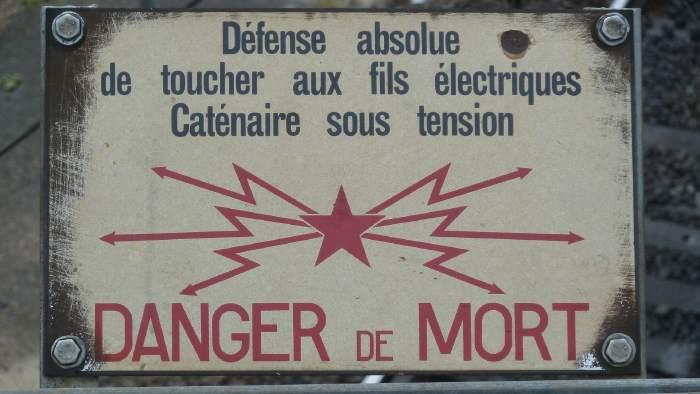 """Panneau """"Danger de mort"""""""