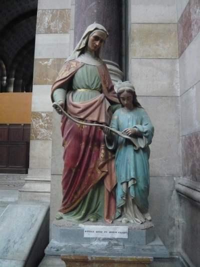 """Statue de """"Ste Anne"""" et """"Ste Marie"""""""