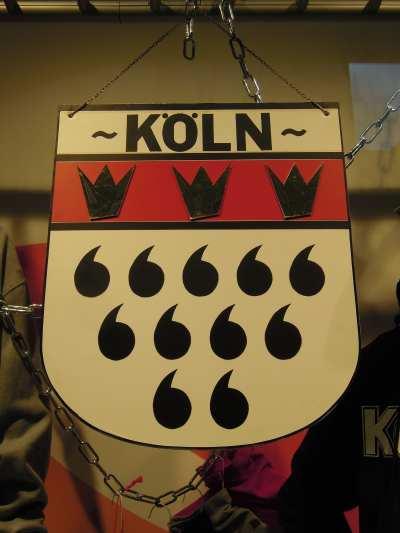 """— Wappen Koeln (""""armoiries de la ville de Cologne"""") vu dans une vitrine de grand magasin - Cologne —"""