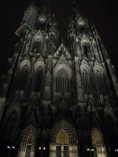 — Tours de la cathédrale - Cologne —