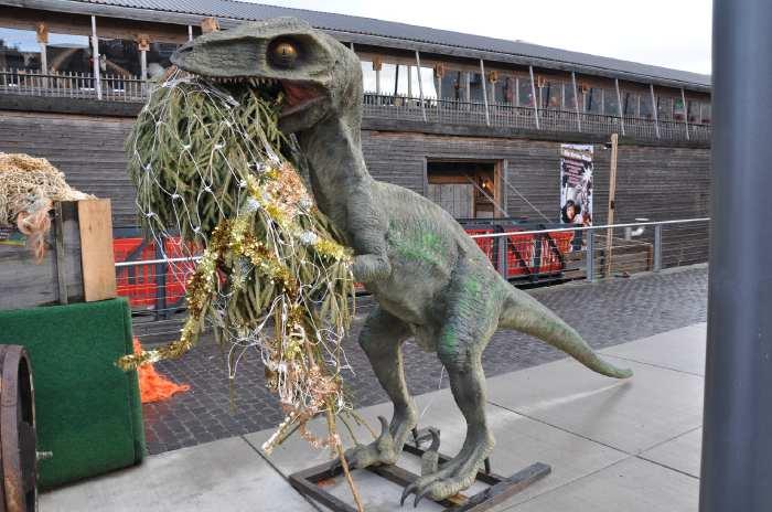 "— Maquette de ""Tyrannosaurus rex"" - Cologne —"