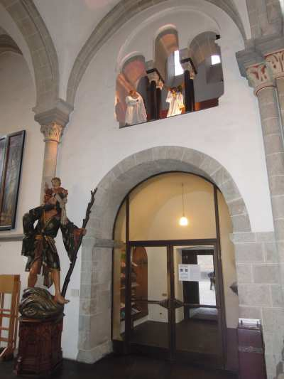— Visite angélique auprès de Joseph et Marie dans une église - Cologne —