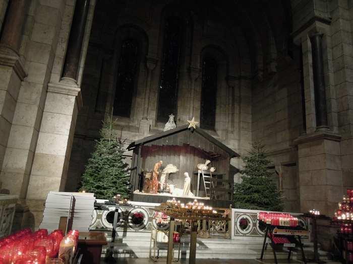 — Crèche - Basilique du sacré-cœur - Paris —
