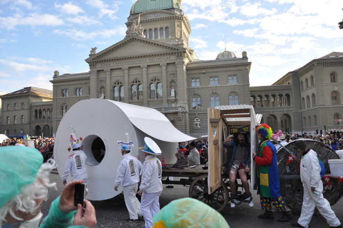 — Carnaval de Berne - Bundesplatz - Berne —