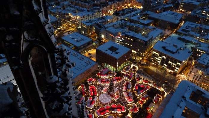 — Marché de Noël vu depuis les tours de la cathédrale - Cologne —