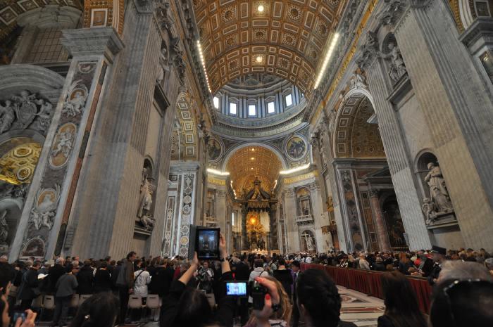 — Messe à la Basilique St Pierre - Rome —