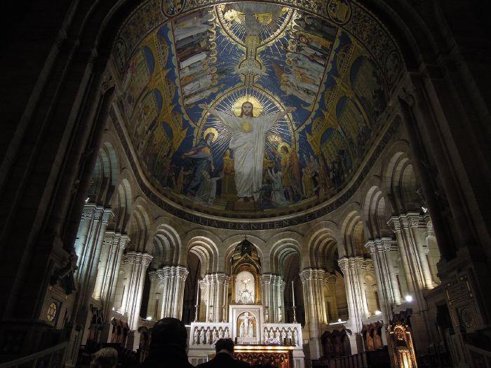 — Maitre autel de la Basilique du Sacré-Cœur — Paris —