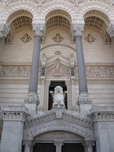 Façade de la Basilique de Fourvière