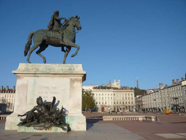 Statue de Louis XIV sur la place Bellecour