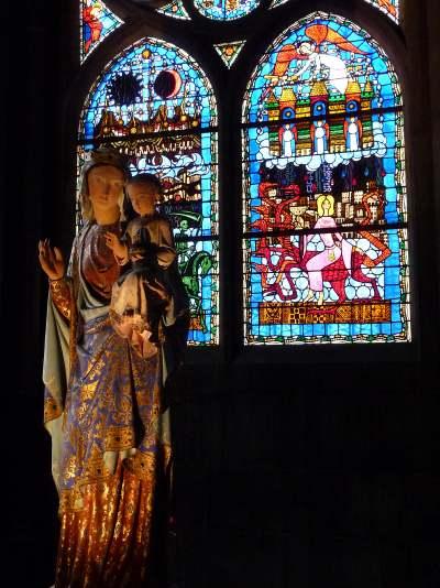 Vitrail de l'Apocalypse  cathédrale de Clermont-Fd