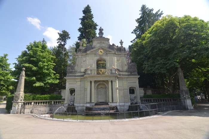 — Fontaine - Thunstrasse - Bern/Berne (CH) —