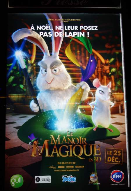 — Affiche du film Le Manoir Magique — Paris La Défense —