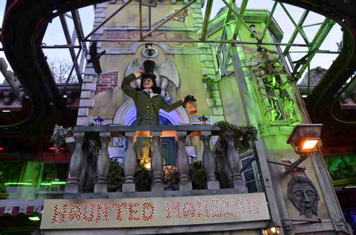 Attraction foraine: Manoir hanté — 542e Foire d'Automne — Bâle/Basel