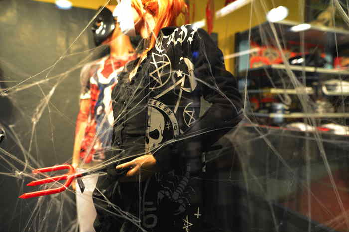 Articles Halloween - metroboutique — Bâle/Basel