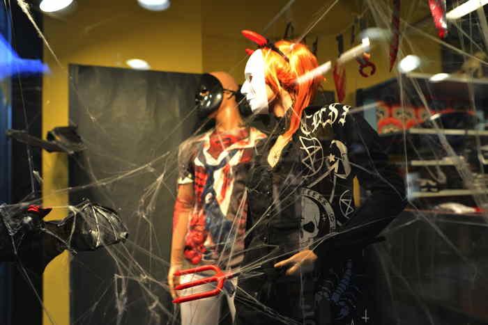 Articles Halloween - metroboutique — Bâle/Basel