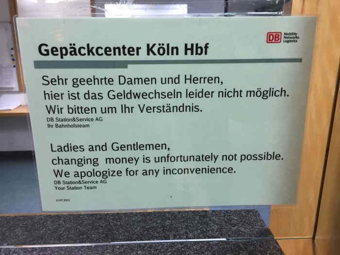 — Affichette informative en gare — Cologne —  — Pas de copyright — Document personnel — Gérard Colombat — Décembre 2015 —  Cliquer sur l'image pour obtenir un agrandissement