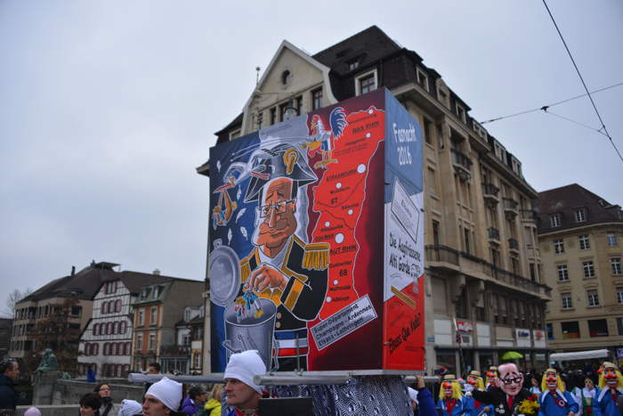 — Char dédié à la France — Défilé sur le Mittlere Brücke — Carnaval — Bâle/Basel —