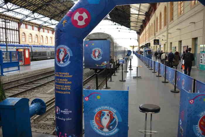Train expo de l'UEFA en gare St Charles à Marseille — Marseille