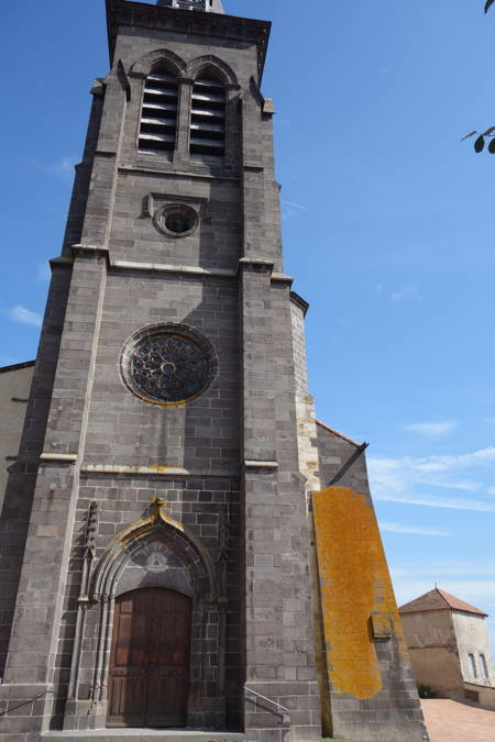 — Tour et église Notre-Dame - Maringues —