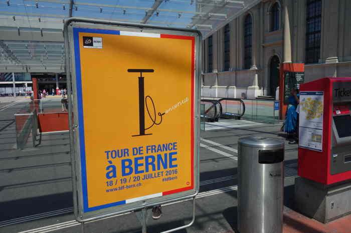 Annonce du passage du Tour de France — Gare routière — Bern/Berne