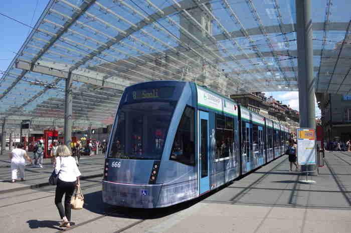 — Gare routière — Bern/Berne —