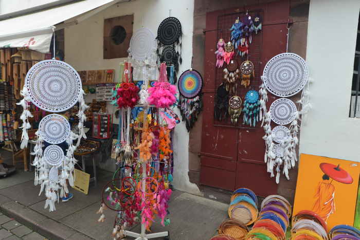 "— ""Dream-catchers"" - Saint-Jean-Pied-de-Port —"
