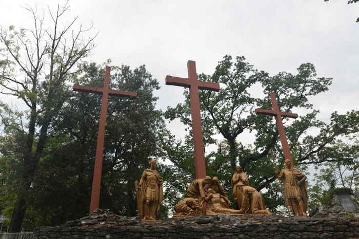 Calvaire au sommet du chemin de croix — Lourdes