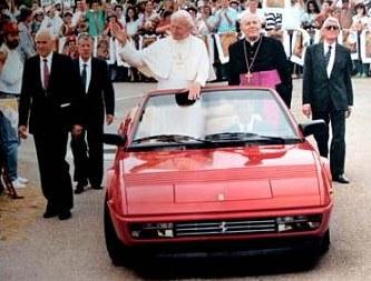 Jean Paul II en Ferrari