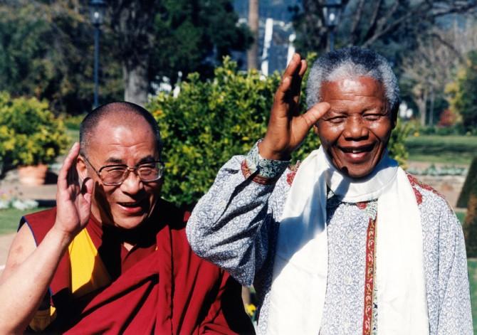 Le Dalaï Lama et Nelson Mandela en 1996