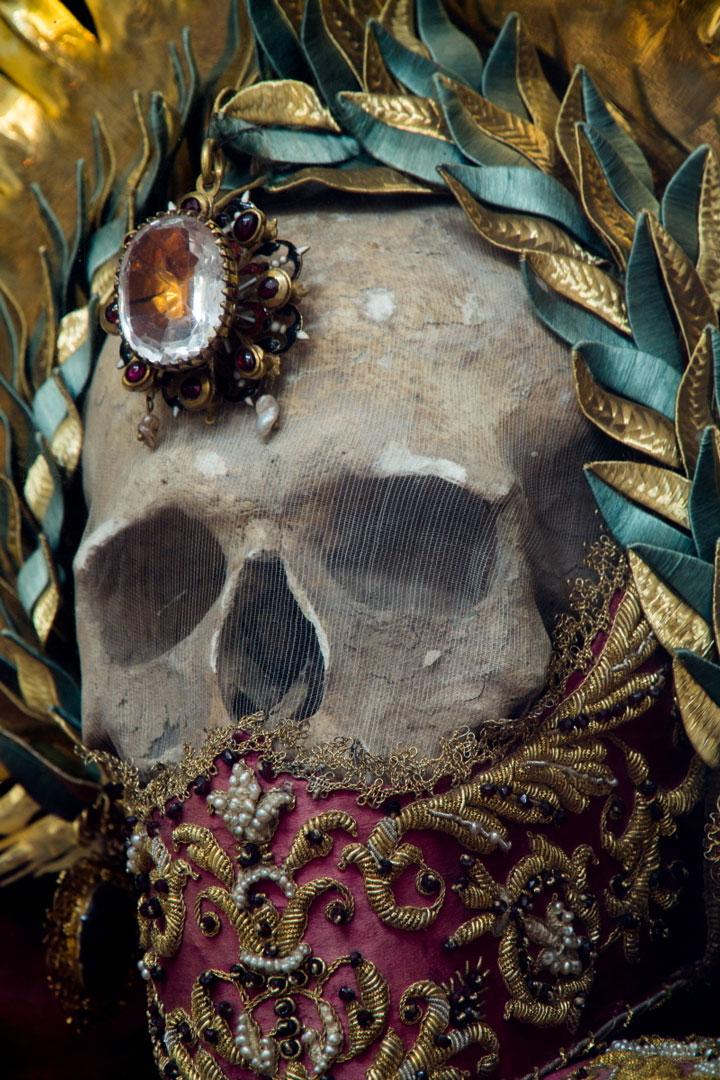 Reliques de St Léonce... au monastère de Muri - © Paul Koudounaris