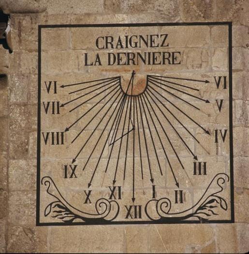 CADRAN SOLAIRE Église Notre-Dame-de-Croas-Batz, Roscoff, France