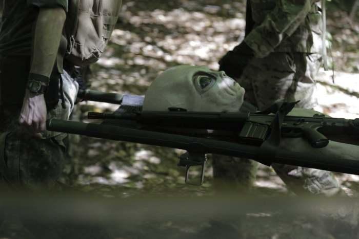 Capture d'un alien par des militaires