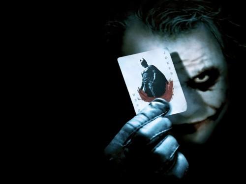 Carte du Joker (présentée par Heath Ledger)