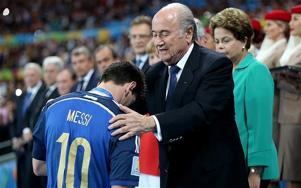 blatter_Messi