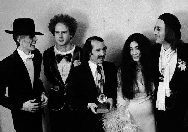 David Bowie, Ark Garfunkel, Paul Simon, Yoko Ono et John Lennon