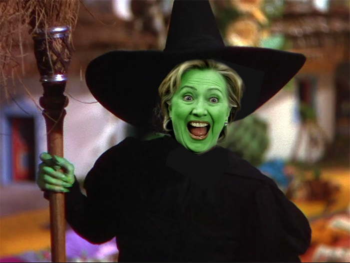 Hillary Clinton en sorcière (photo-montage)