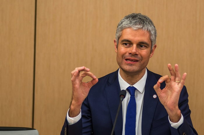 L. Wauquiez flashant le double signal digital 666