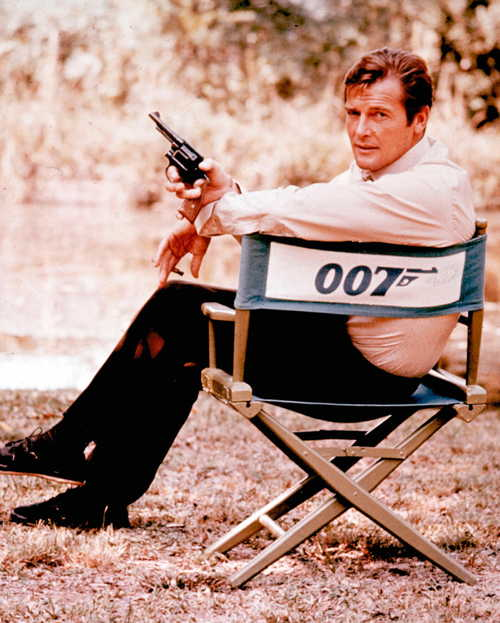 Roger Moore, alias James Bond 007