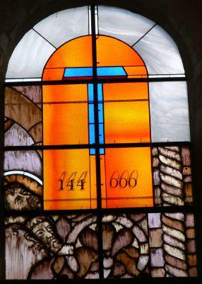 Texte de  l'Apocalypse de Jean avec images actuelles 144000_666_s