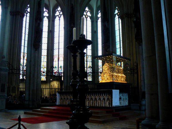 Cathédrale de Cologne: chasse des mages