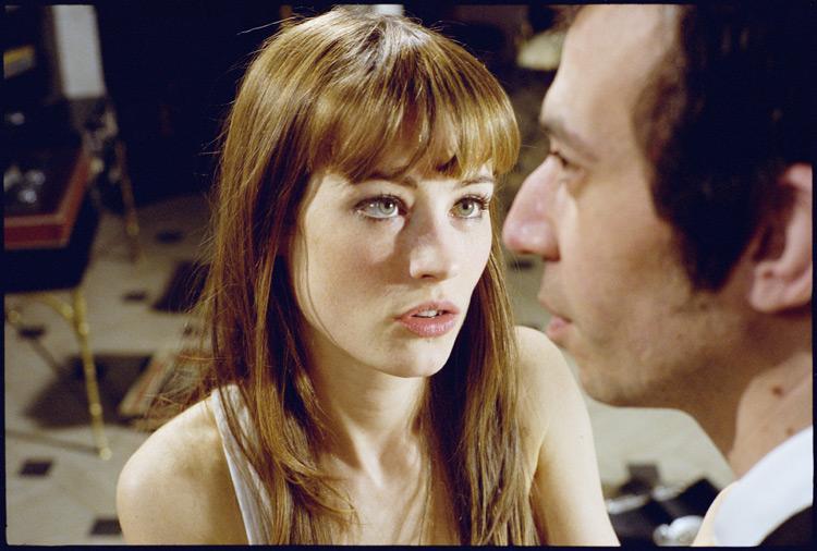 Scène tirée du film: Gainsbourg (Une vie héroïque) réalisé par Joann Sfar