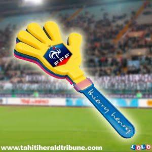 """main """"Thierry Henry""""... idée-cadeau Tahitienne"""