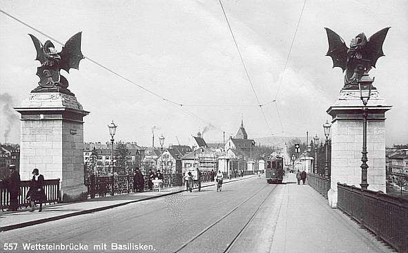 — Basilics en entrée du Wettsteinbrücke — Bâle/Basel —
