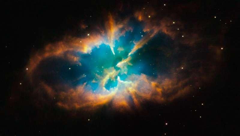 NGC 2818 vu par Hubble