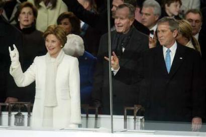 Salut cornu de la famille Bush
