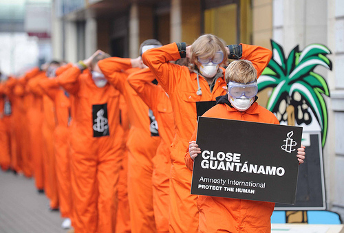 Manifestation Amnesty International contre Guantanamo