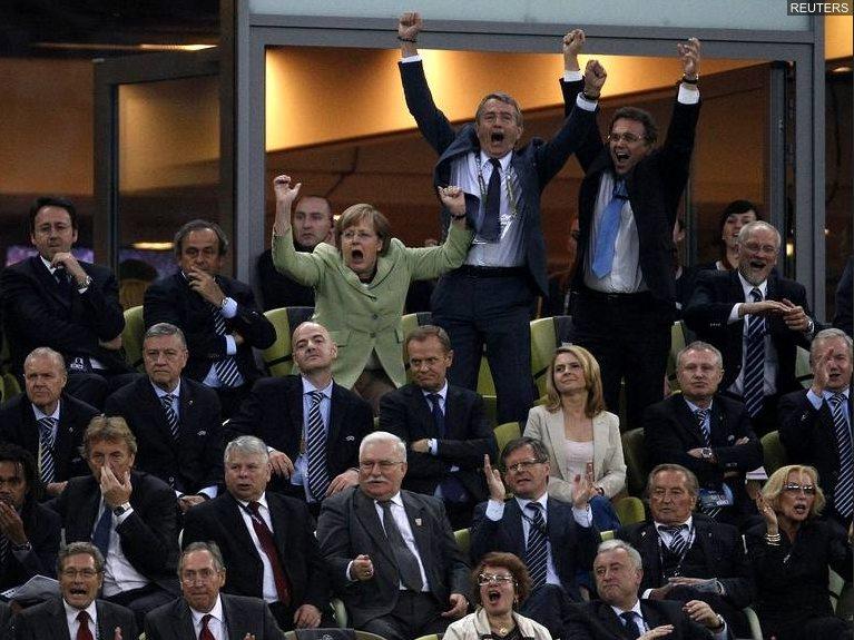 Angela Merkel exulte
