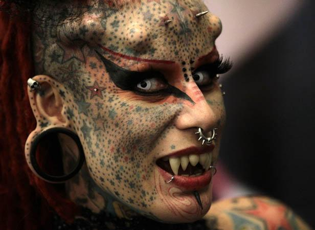 L'artiste mexicaine Maria Jose Cristerna et ses tatouages