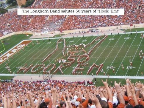 """""""salut cornu"""" formé par des fans Texans de Football"""